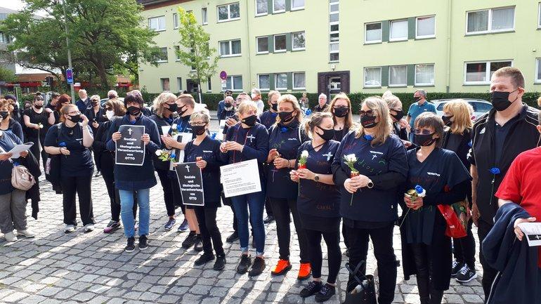 Trauerzug bei Hermes Fulfilment in Hamburg